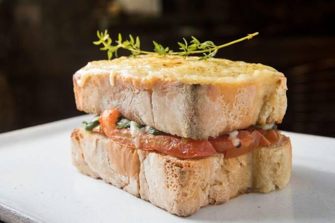 Chez Lalu; croque vegetariano