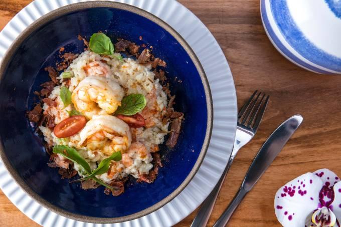 Vokos; arroz cremoso e camarão