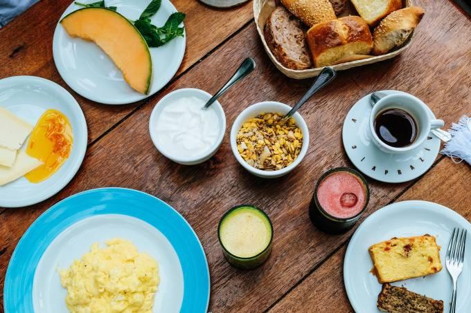 Aprazível; café da manhã