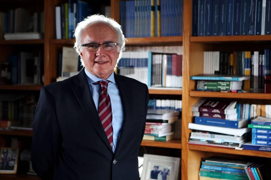 Joaquim Falcão: o professor de direito e membro da ABL presidirá o conselho da casa