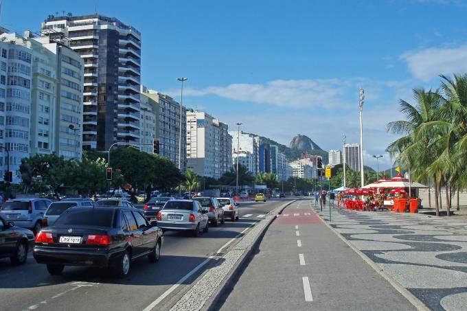 Infante Dom Henrique Avenue