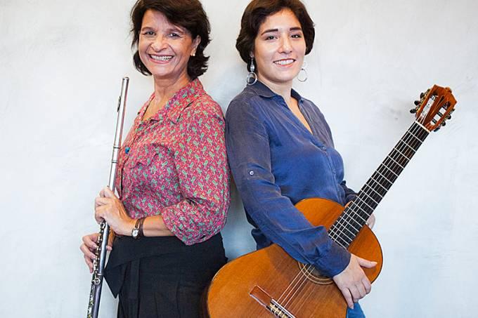 Andrea Ernest Dias e Elodie Bouny: duo de virtuoses na Casa do Choro