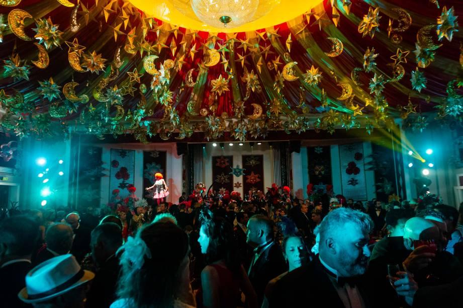 O tradicional Baile do Copa promete transformar os salões do hotel em uma floresta tropical