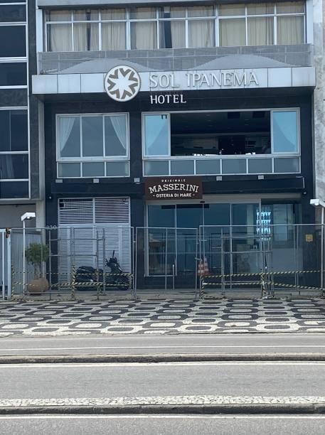 O hotel Sol Ipanema, na Vieira Souto, optou por grades e faixas