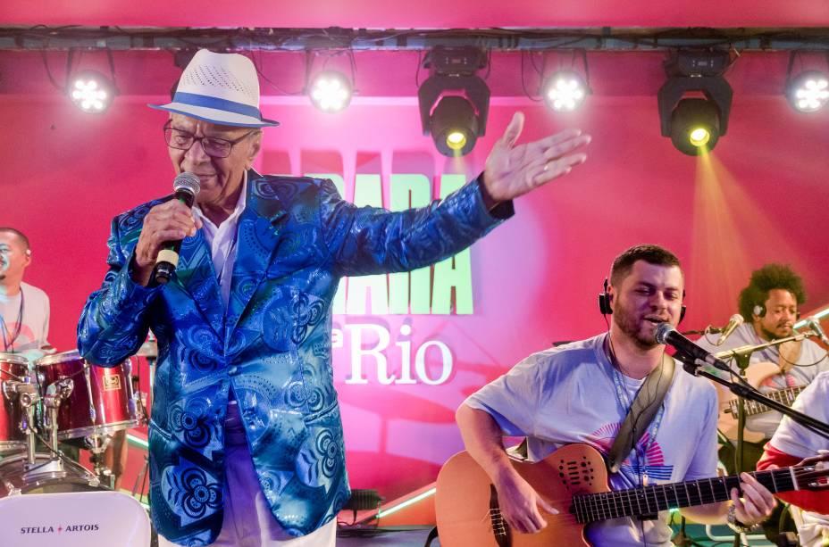 Monarco foi um dos artistas que brilharam no palco do camarote