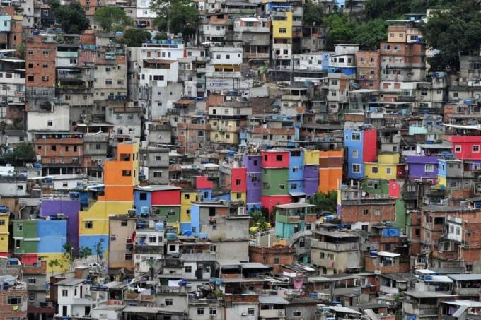 favela-rocinha-rio-de-janeiro-20110612-original