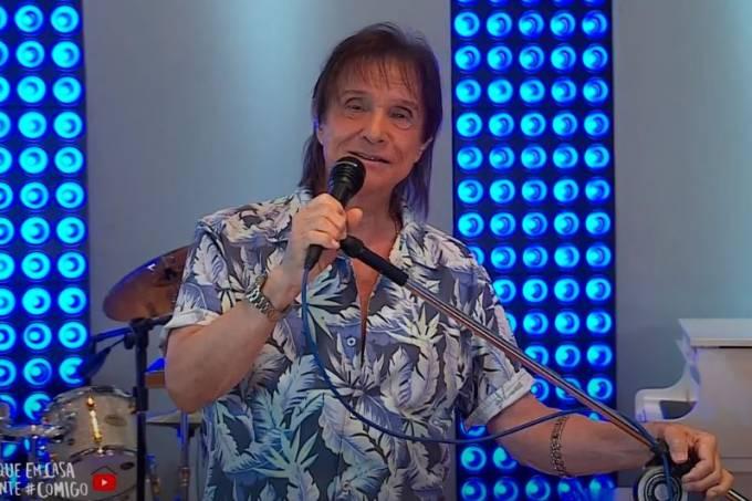 Roberto Carlos faz live