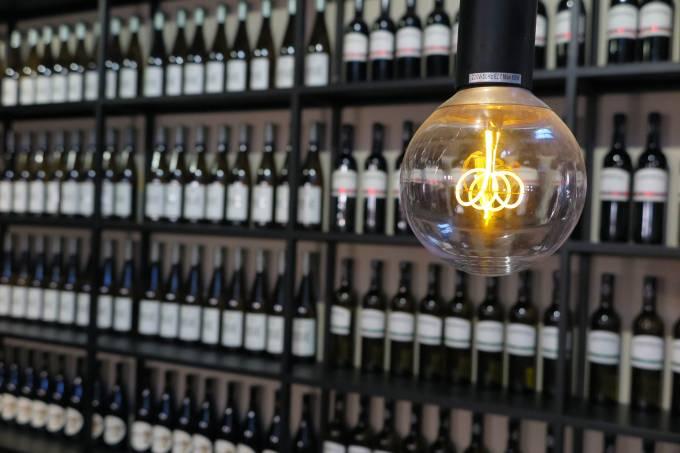 vinho e a luz