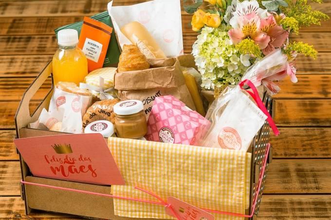 cesta pequena dia das mães