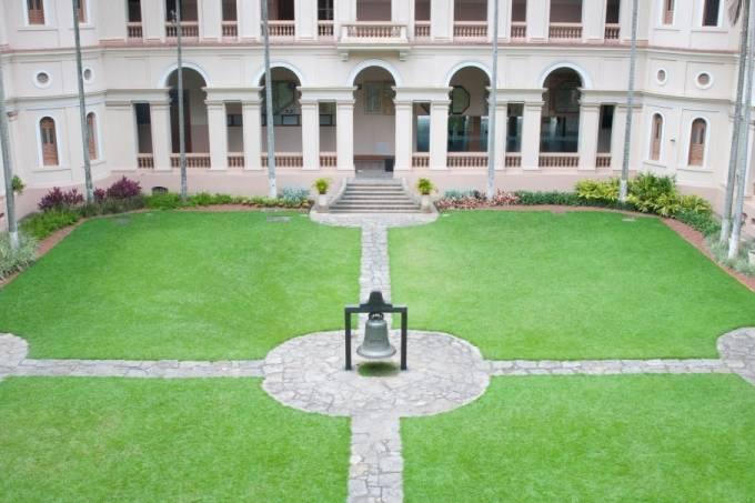 Colégio Santo Inácio: ex-alunas denunciaram caso de assédio na escola
