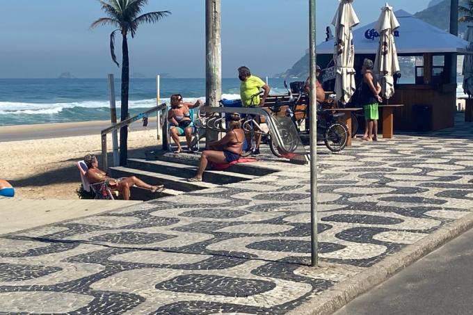 praia coronavirus ipanema