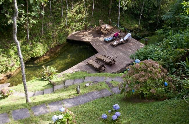 Hoteis em Mauá: a piscina natural da Tijupá