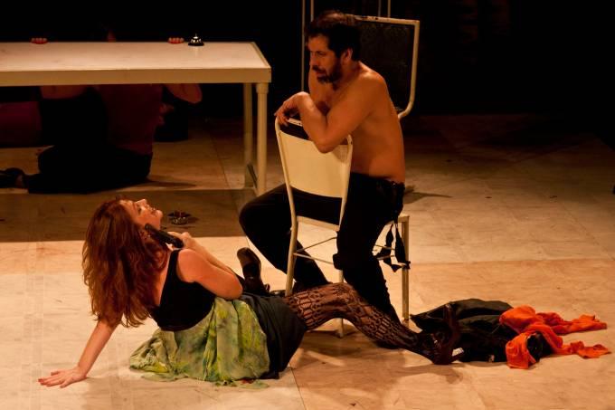 Devassa – Marina Vianna e Cesar Augusto – crédito da foto_Divulgação Cia. dos Atores