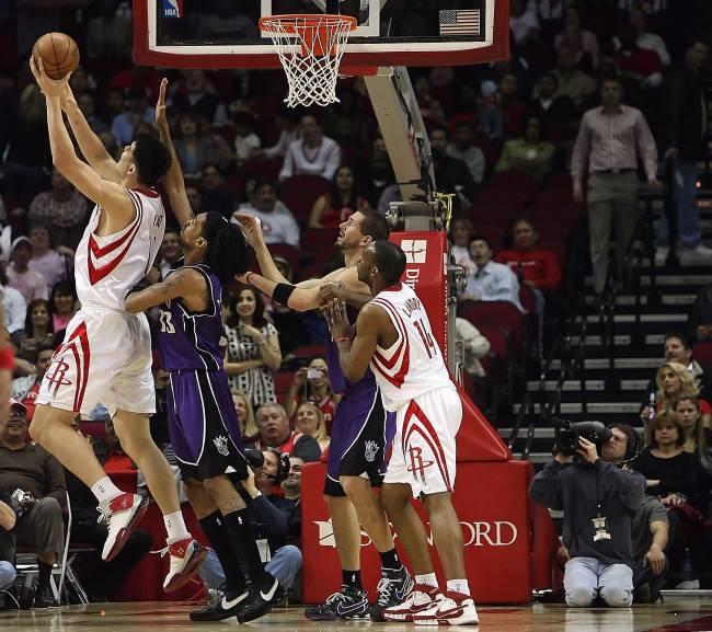 Manifesto contra o racismo suspendeu partidas da NBA