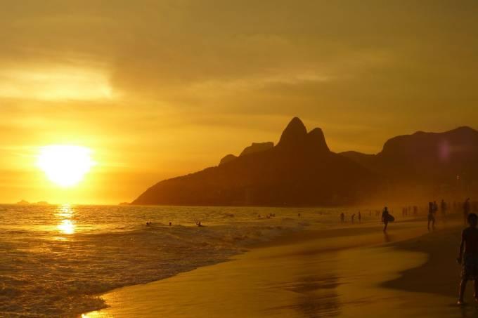 ipanema-beach-99388_1920