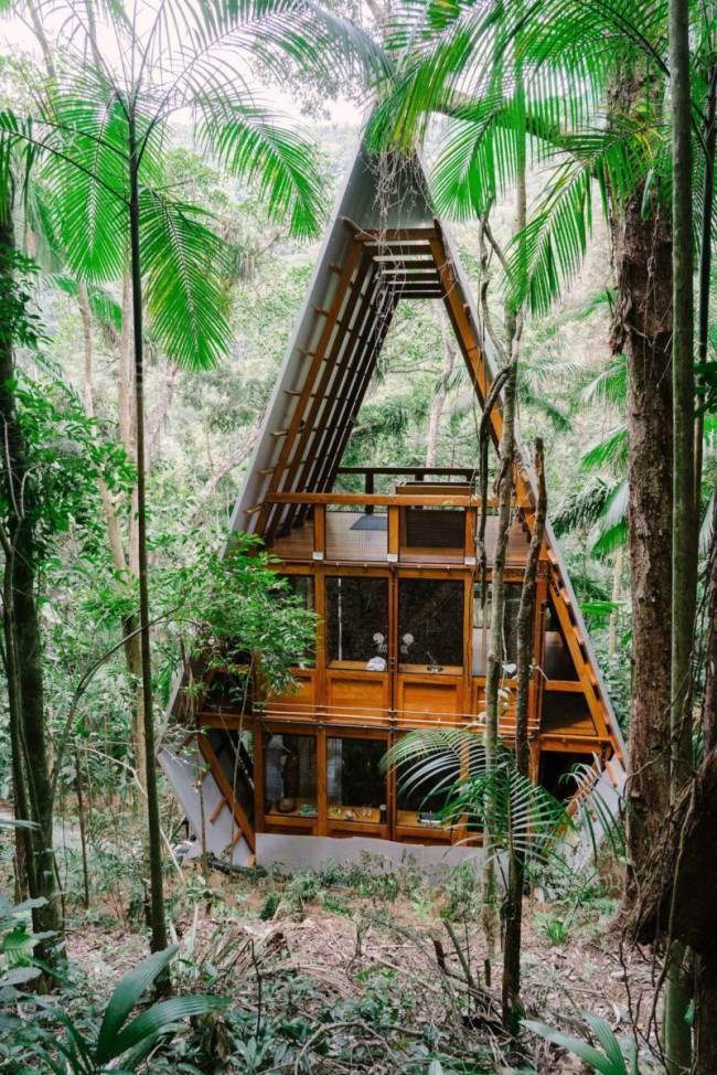Casas Airbnb Brasil: a linda e diferente Forest House, em Paraty.