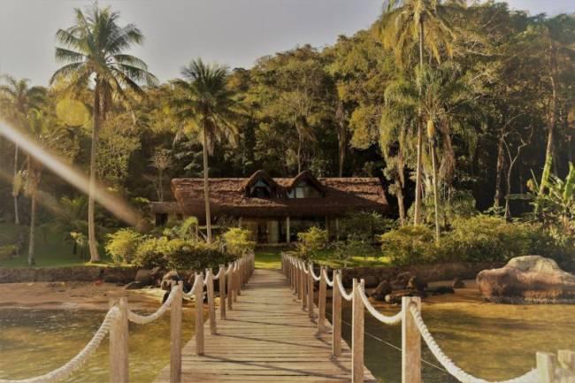 airbnb ilha grande: paraíso com praia particular no Saco do Céu