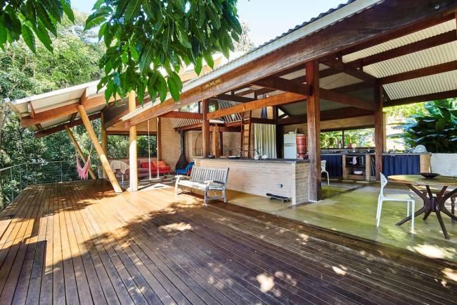 A casa linda e toda aberta na Praia do Félix