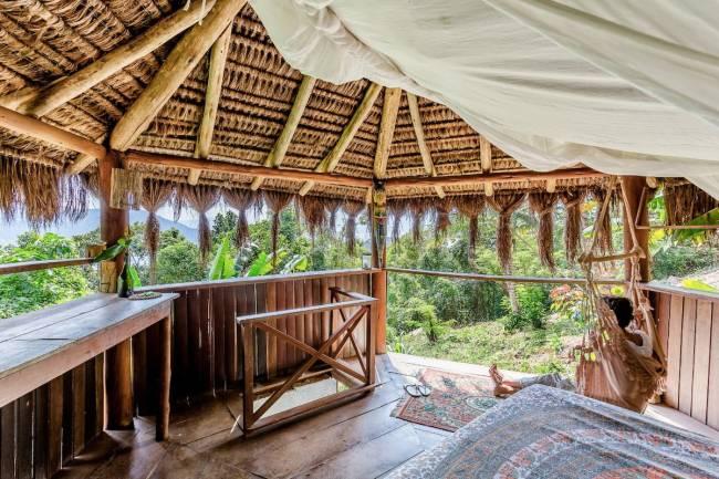 Cabana em Ilha grande: o Jungle Lodge tem um conceito de glampling integrado à natureza