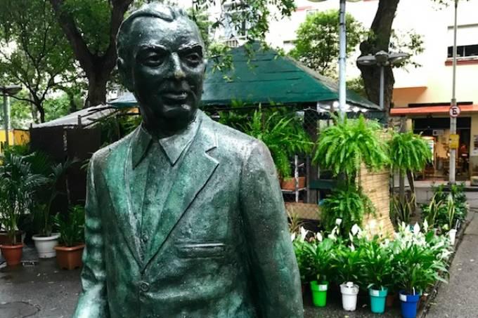 Estátua Nelson Rodrigues