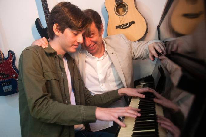 Bruce e Nicolas Gomlevsky