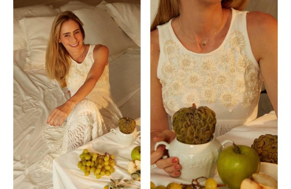 A estilista Julia Golldenzon na campanha de réveillon para sua grife homônima