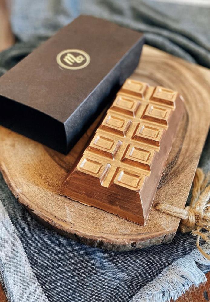 barra de chocolate de 300 gramas