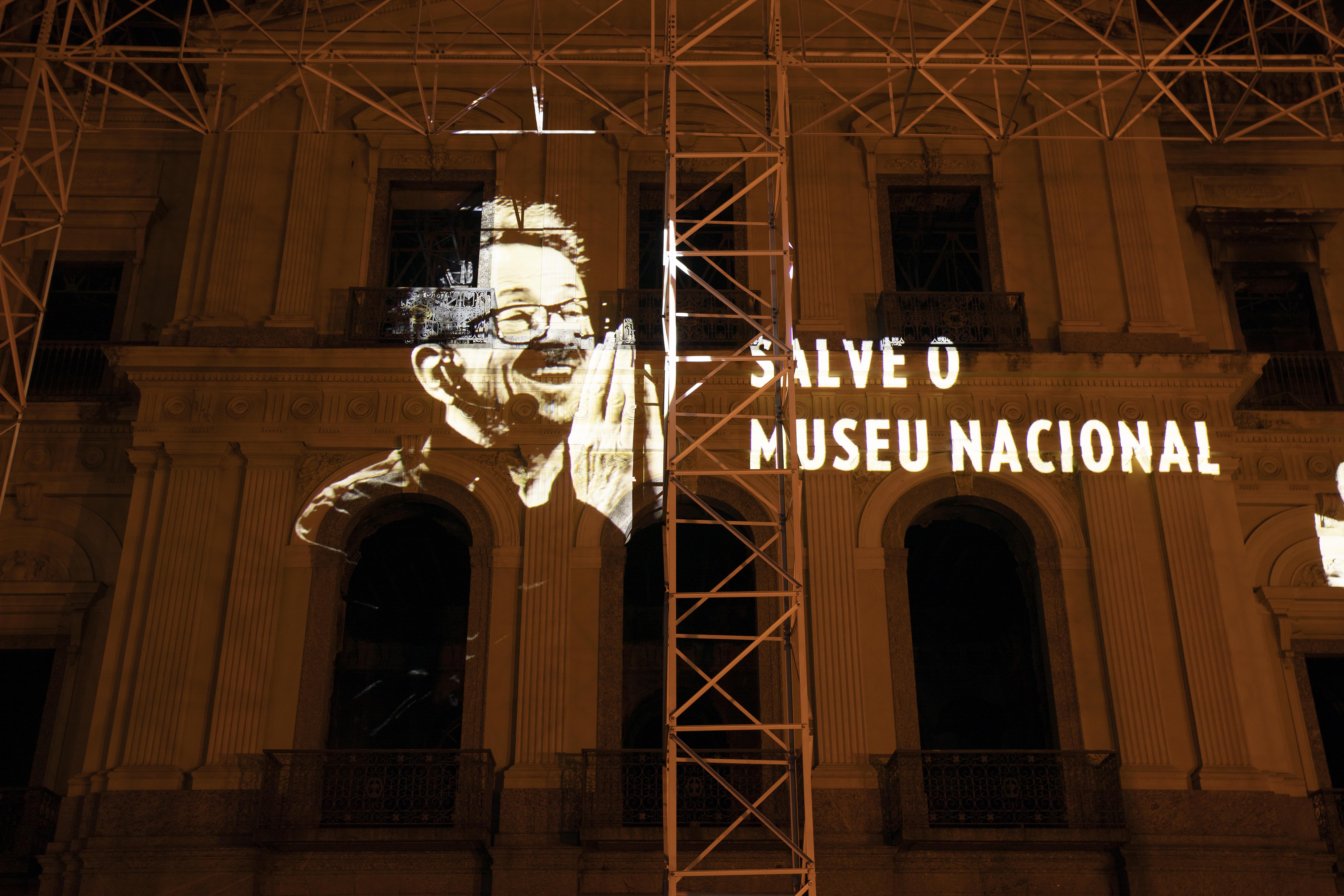"""""""Vamos promover uma nova campanha de arrecadação para a reconstrução do Museu Nacional"""", diz Zavareze."""