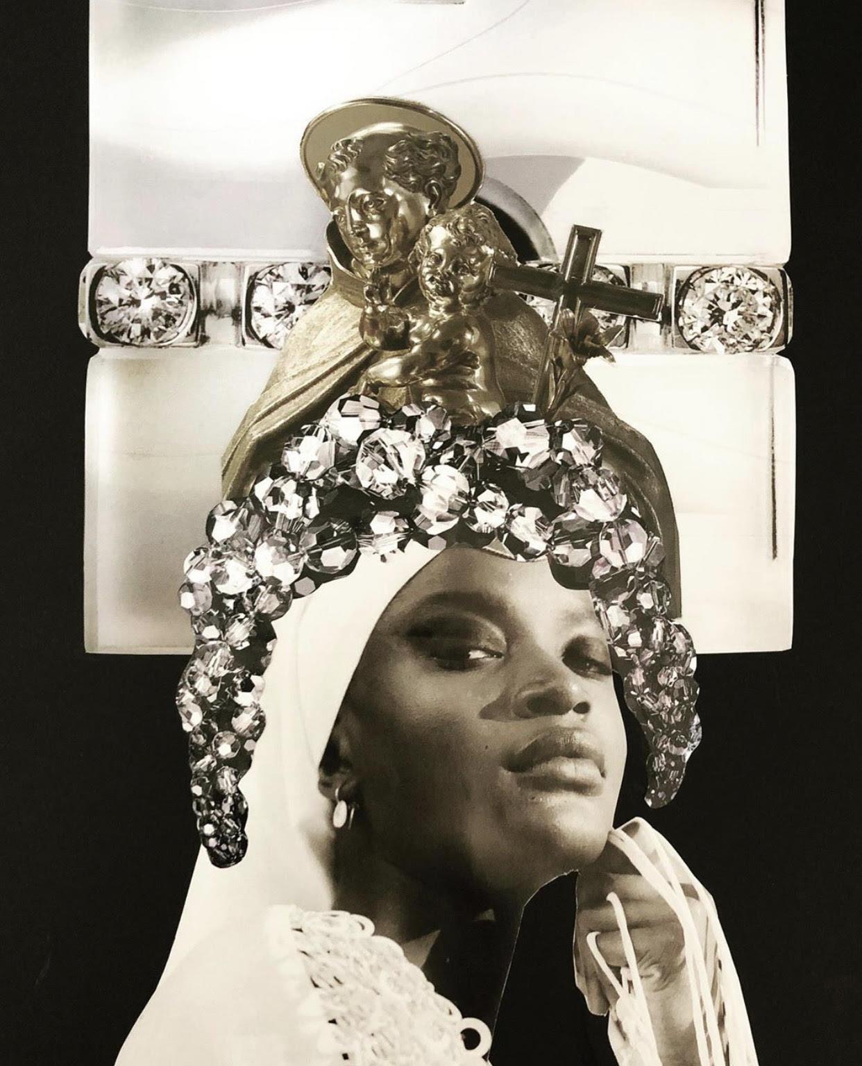 colagem em preto e branco traz mulher negra e joias em sua cabeça