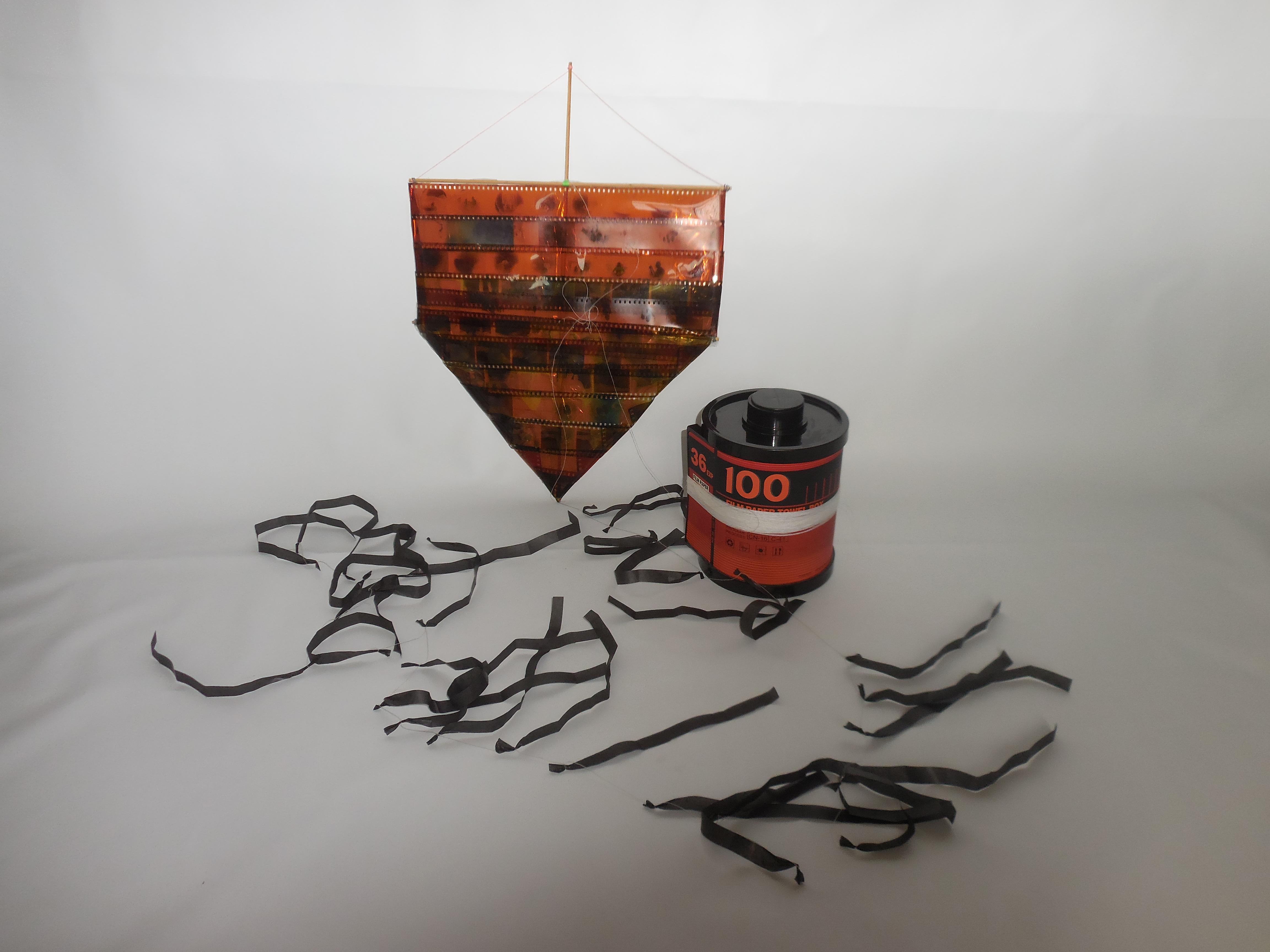 Pipa feita de filme de fotografia