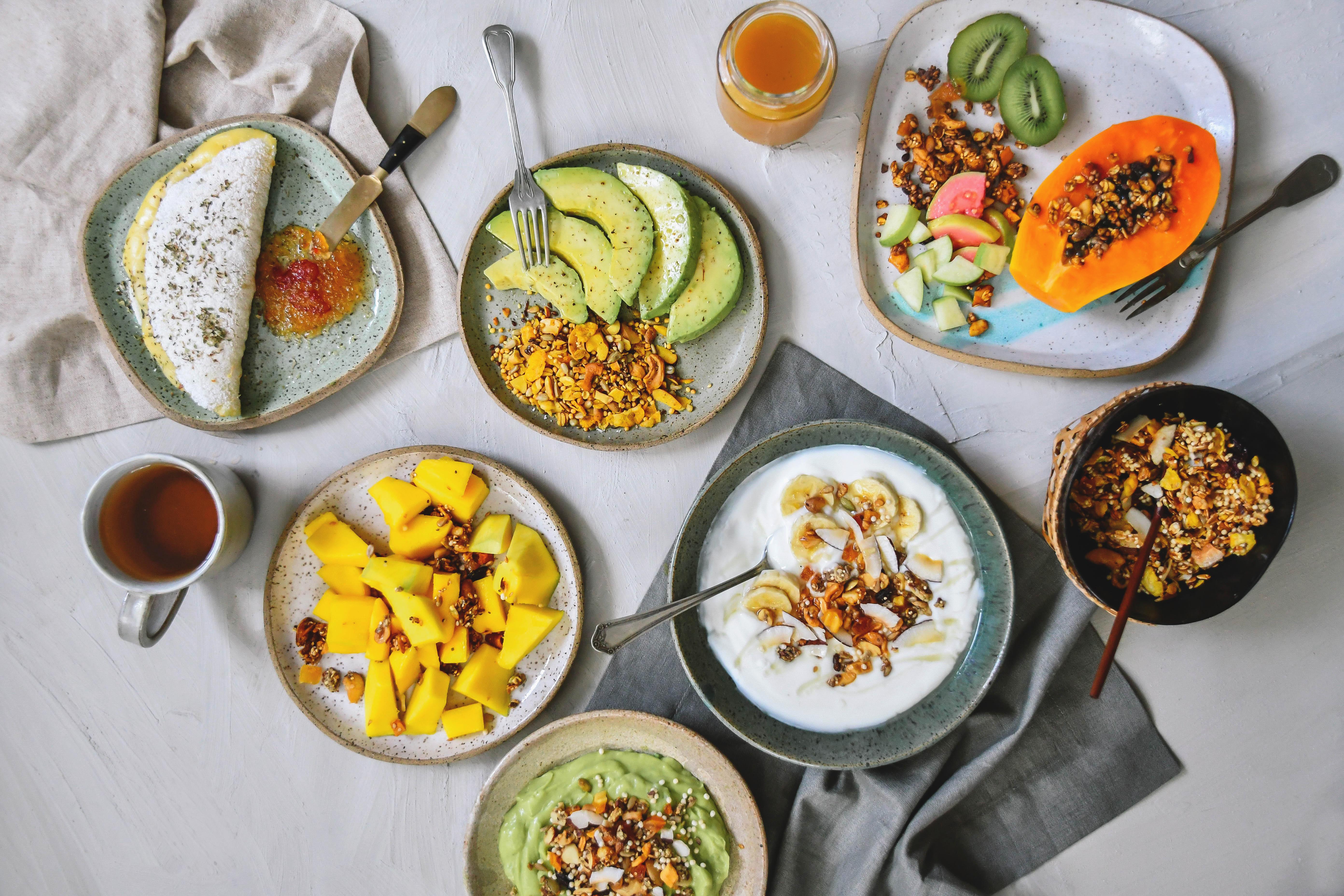 granolas e frutas
