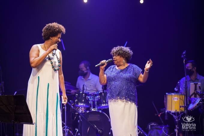 Nilze Carvalho e Tia Surica – Crédito Valéria Martins