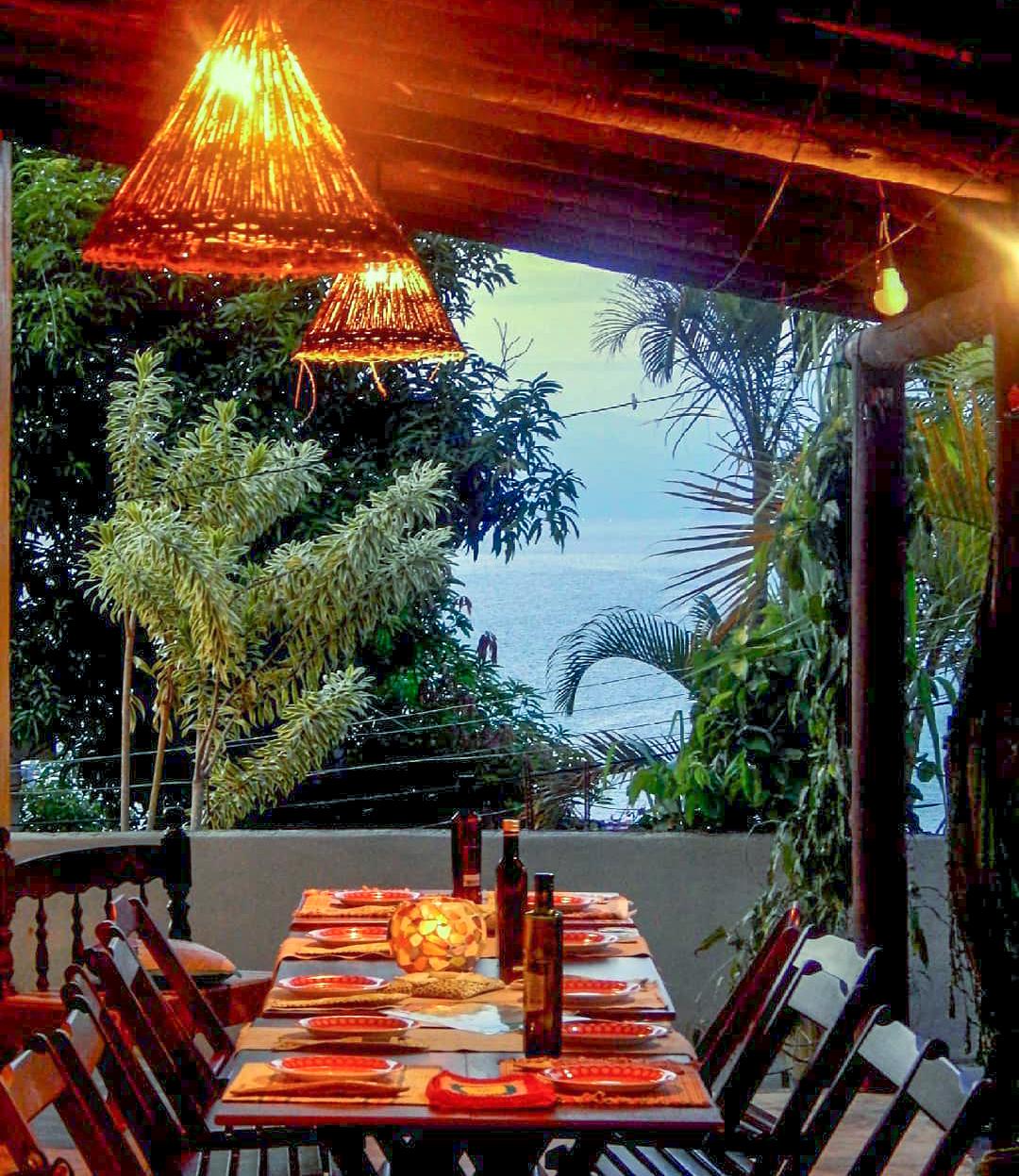 Pizzaria Casa da Maria Amélia, na Praia de Araçatiba