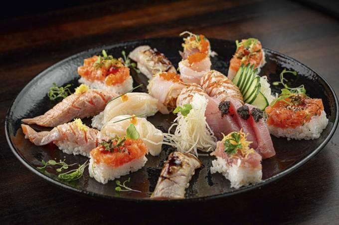 Ginger_Combinados-Sushi-e-Sashimi—Ni-Ju-Omakase_Crédito-Felipe-Azevedo.jpg