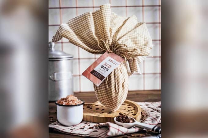Maré-Chocolate—Ovo-de-Chocolate-com-Sal-do-Himalaia–Foto-Max-Velon-2.jpg