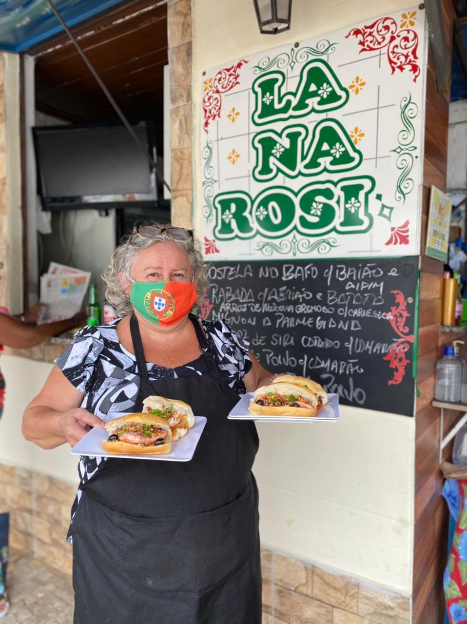 Rosi e seu hot dog de polvo: coisa de louco no quiosque da beira do mangue
