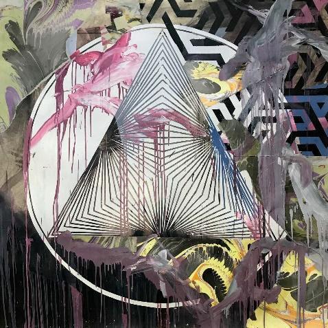 Pintura com um triângulo no meio e várias formas geométricas