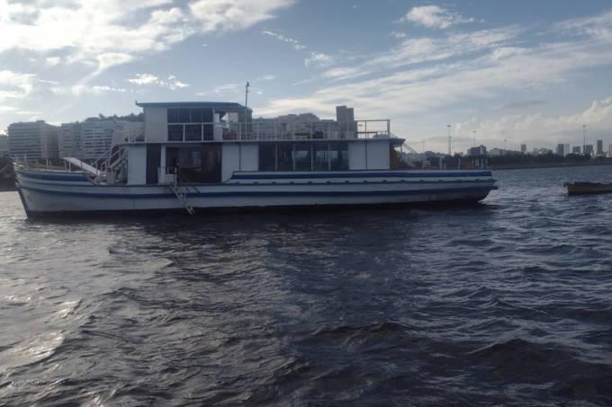 barco que teria a festa