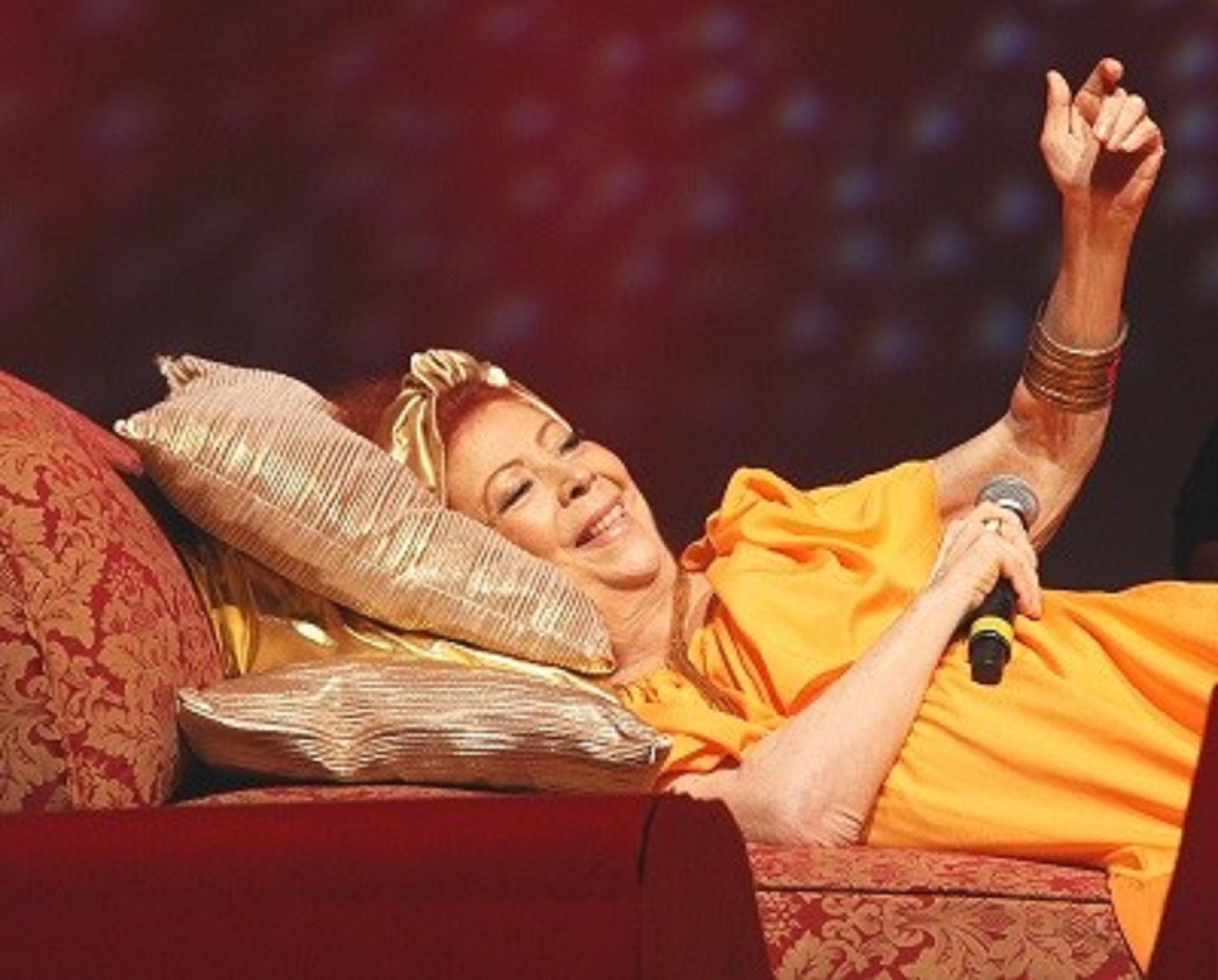 Beth carvalho deitada