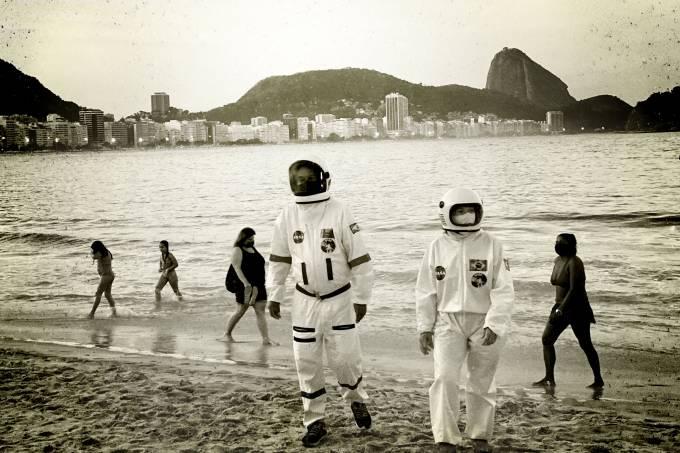 Astronautas na Praia de Copacabana