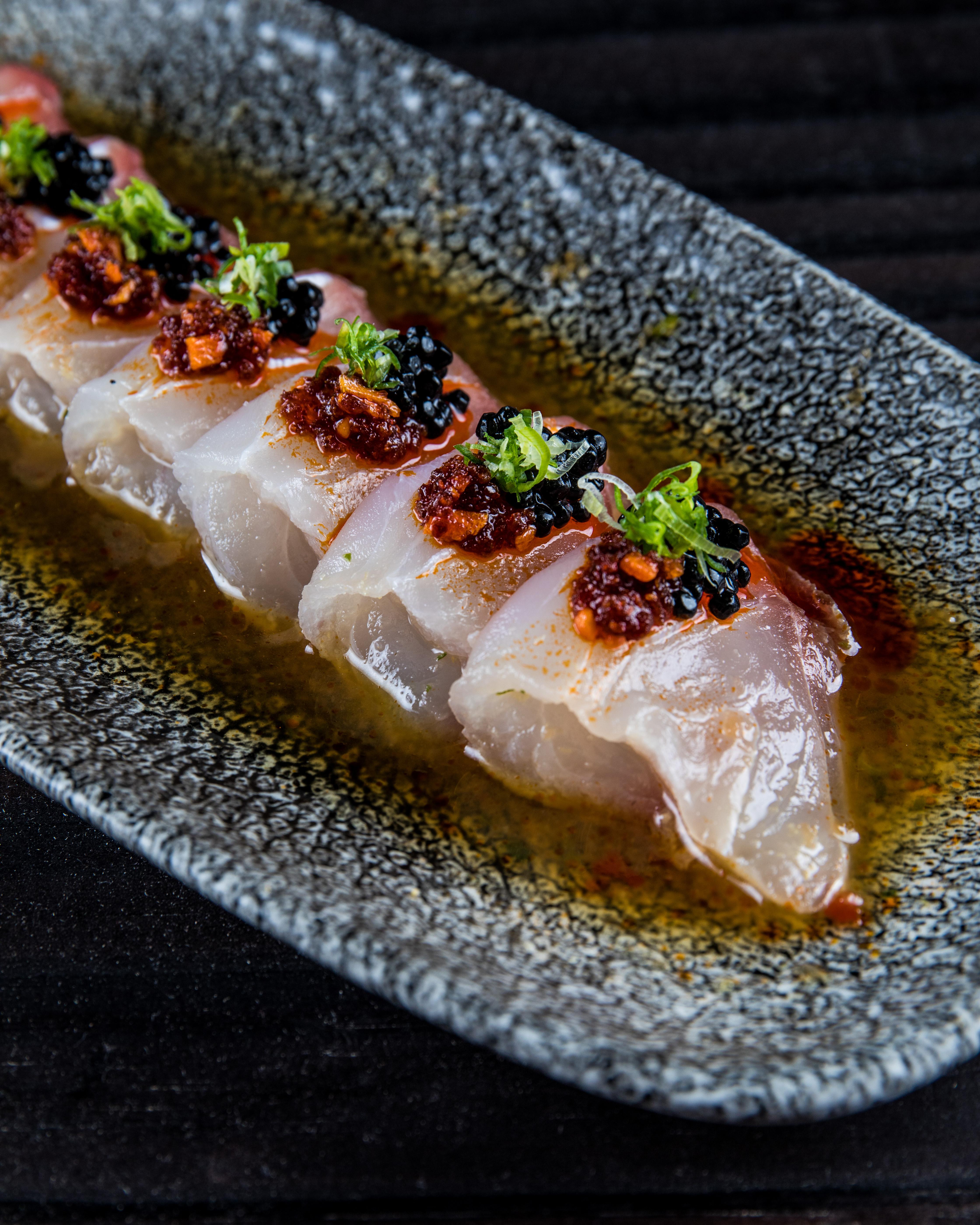 Naga: tataki de peixe branco