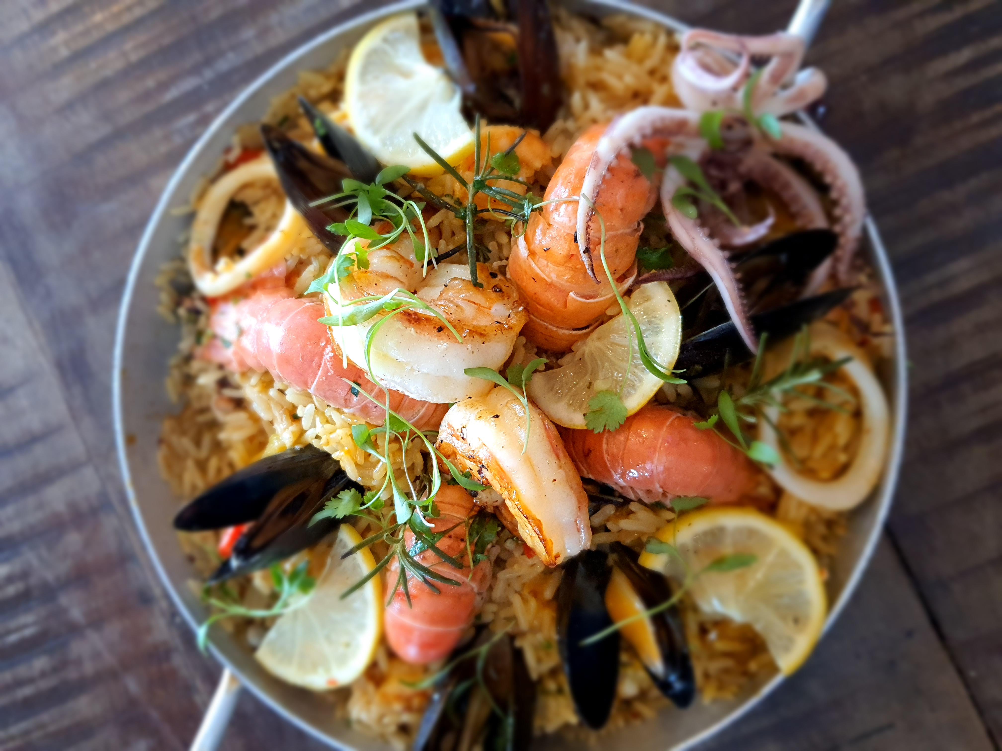 Porto Frescatto: paella de frutos do mar para dois