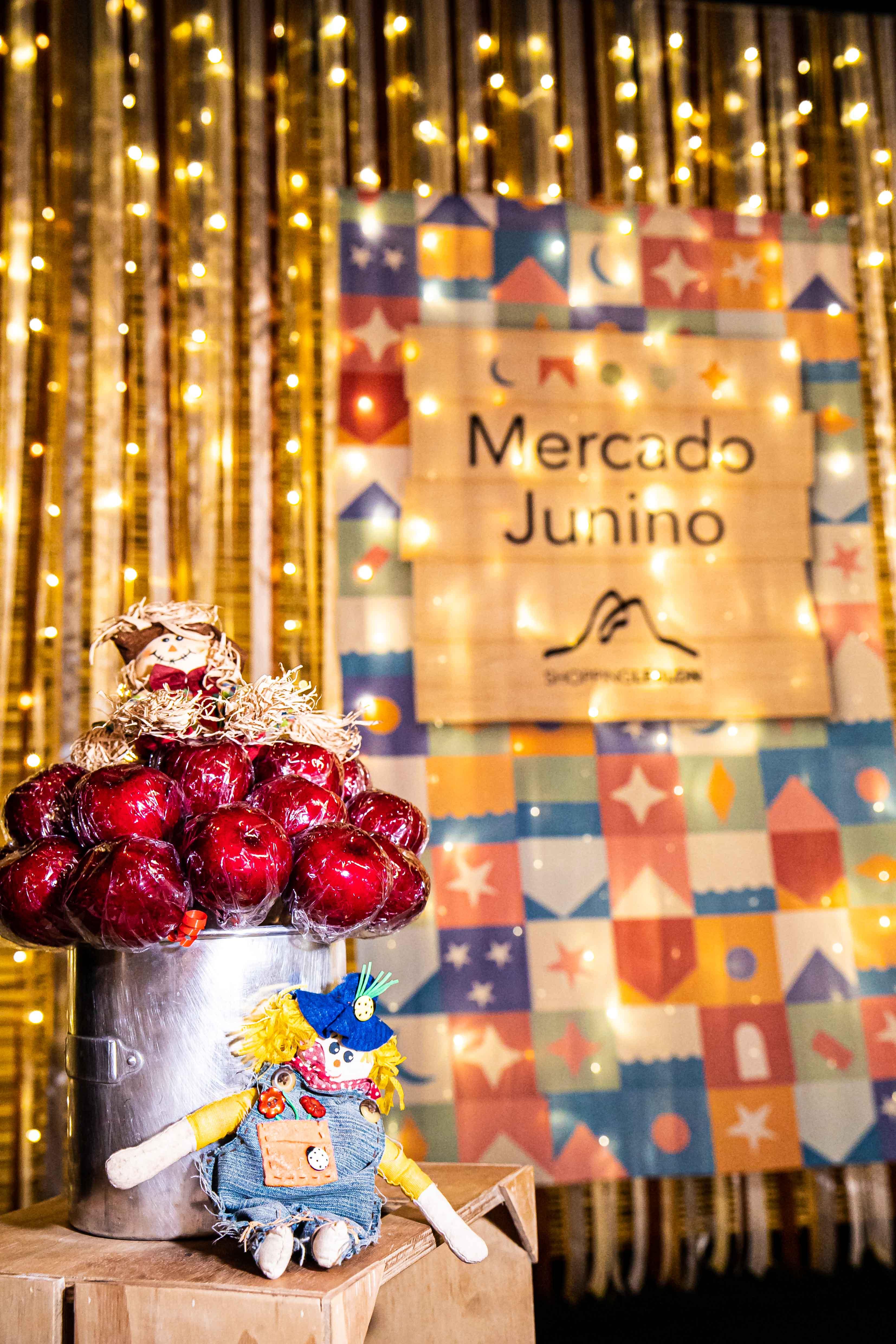 Mercado Junino: maçã do amor é uma das estrelas das barraquinhas