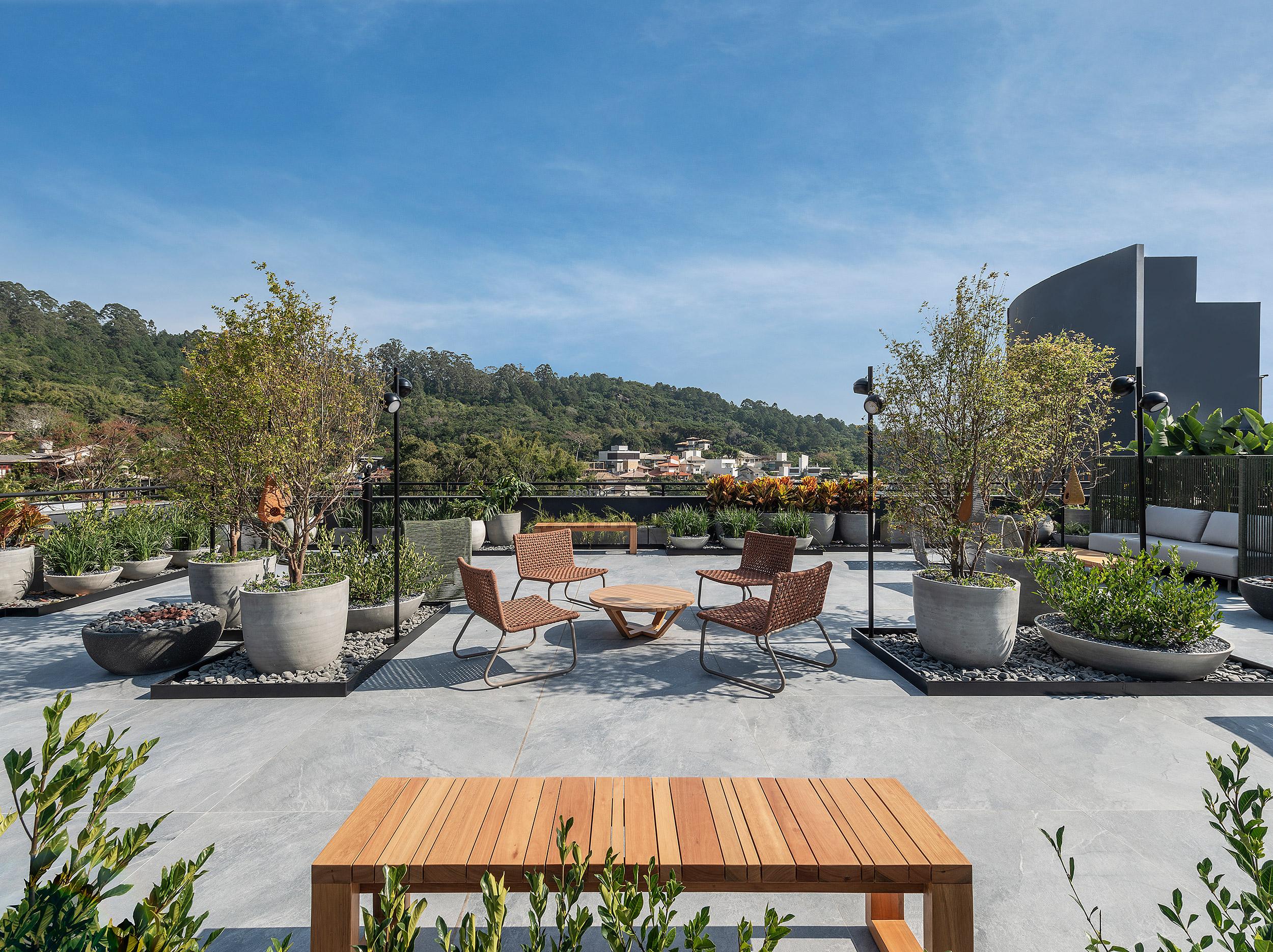 Rooftop 20 I 21 - Ana Trevisan | Paisagismo + Arquitetura