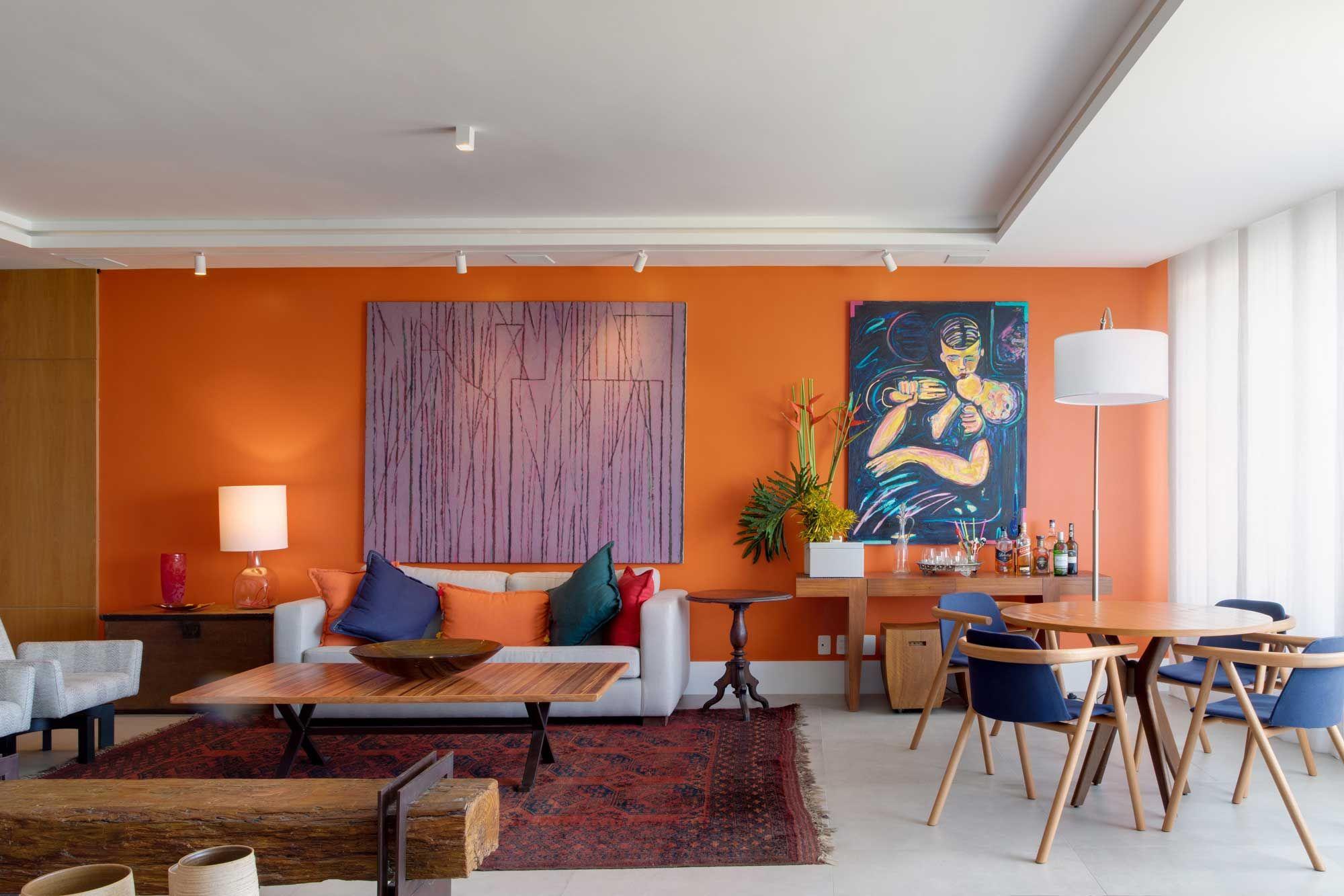 Apartamento repleto de cores no Rio de Janeiro por Chicô Gouvêa.
