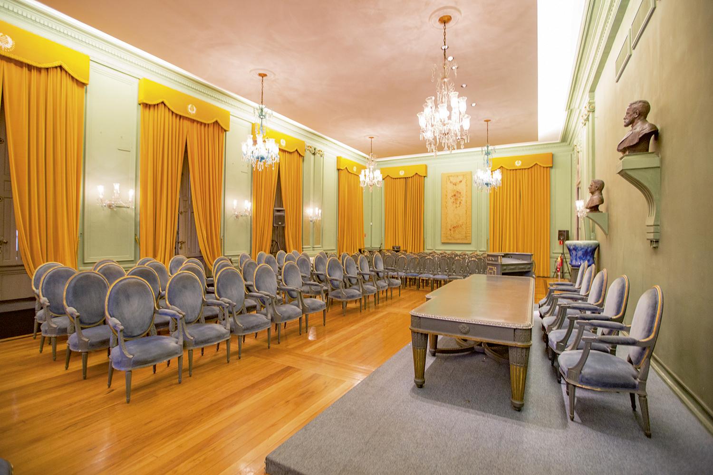O salão nobre da Academia: vazio desde março do ano passado -