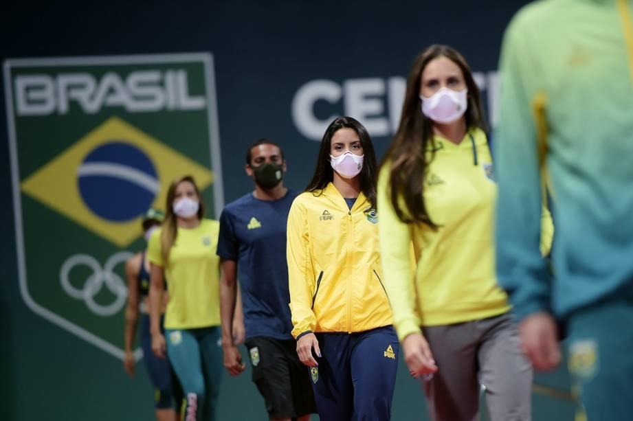 Uniformes do Time Brasil assinados pela patrocinadora Peak Sports