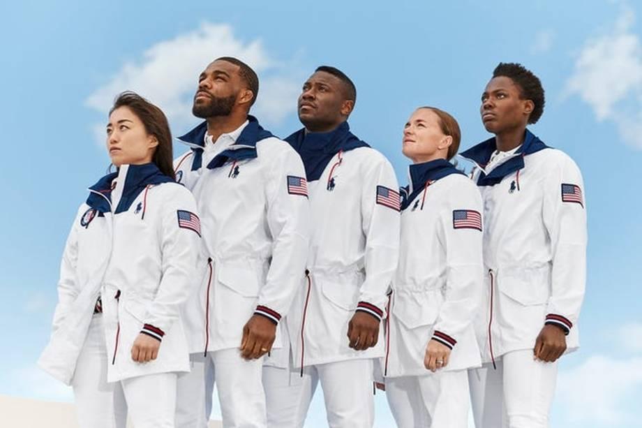 Uniforme do Time EUA, mais uma vez criados pela Ralph Lauren, com estilo astronauta marinheiro