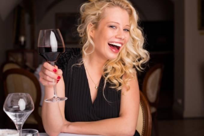 Mulheres preferem vinho tinto