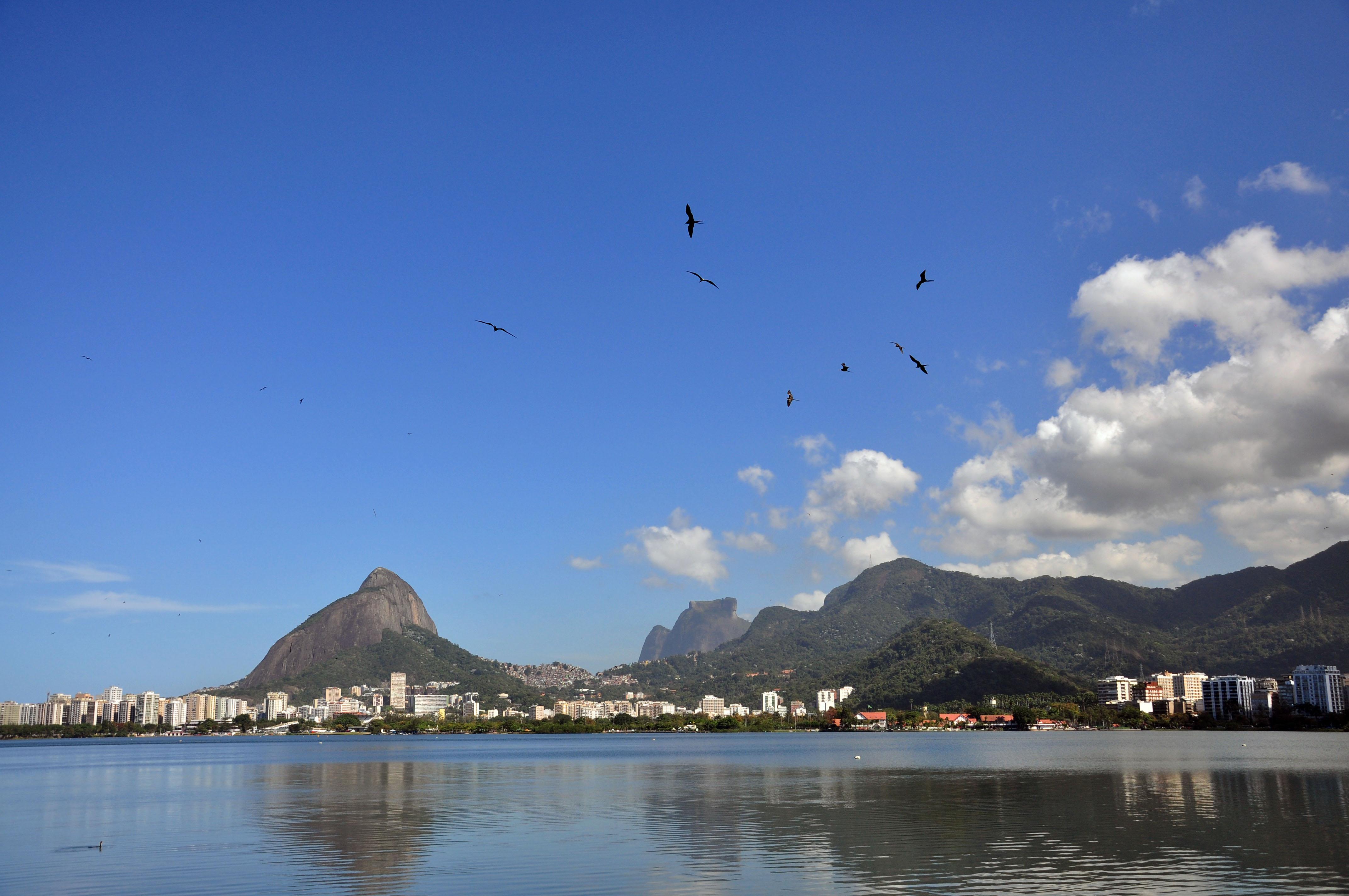Foto mostra Lagoa Rodrigo de Freitas